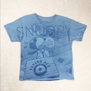 Graphic Tshirt | Cropped Snoopy Tee | Pale Blue